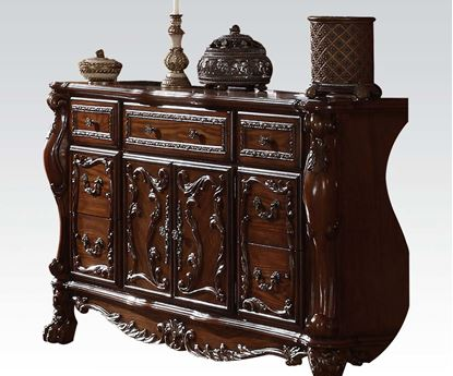 Picture of Dresden Traditional Cherry Finish Solid Wood Dresser