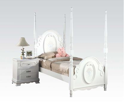Picture of Flora White Finish Full Size Post Bed