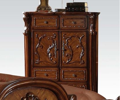 Picture of Dresden Traditional Cherry Finish Solid Wood Chest